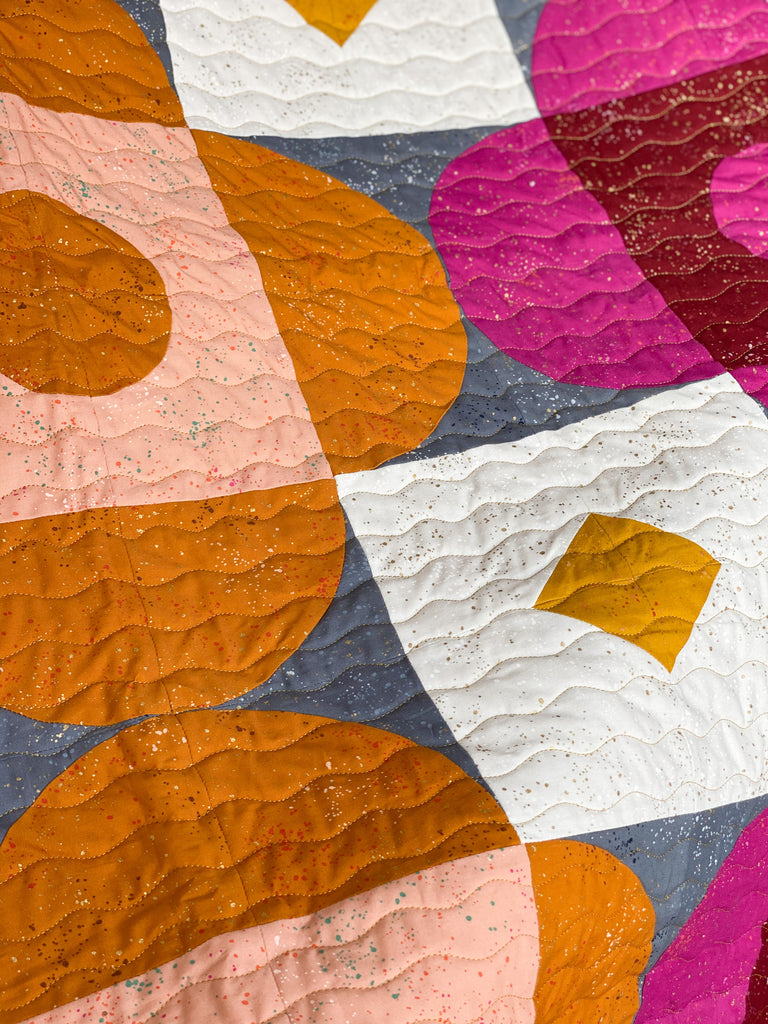 Quilt pattern, Curved Quilt patter, woven petal quilt, petal quilt, fall quilt, big block quilt
