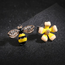 Load image into Gallery viewer, Bee & Yellow Flower Earrings