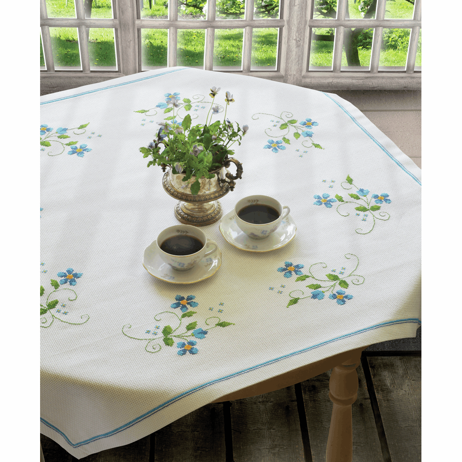 Blue Flowers Tablecloth - Anchor Cross Stitch Kit 9240000\2315