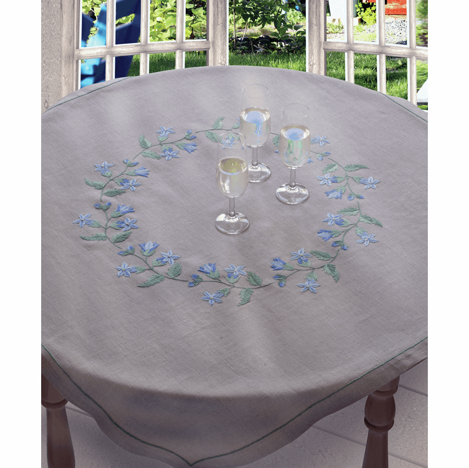 Bluebell Tablecloth - Anchor Embroidery Kit 9240000\2330
