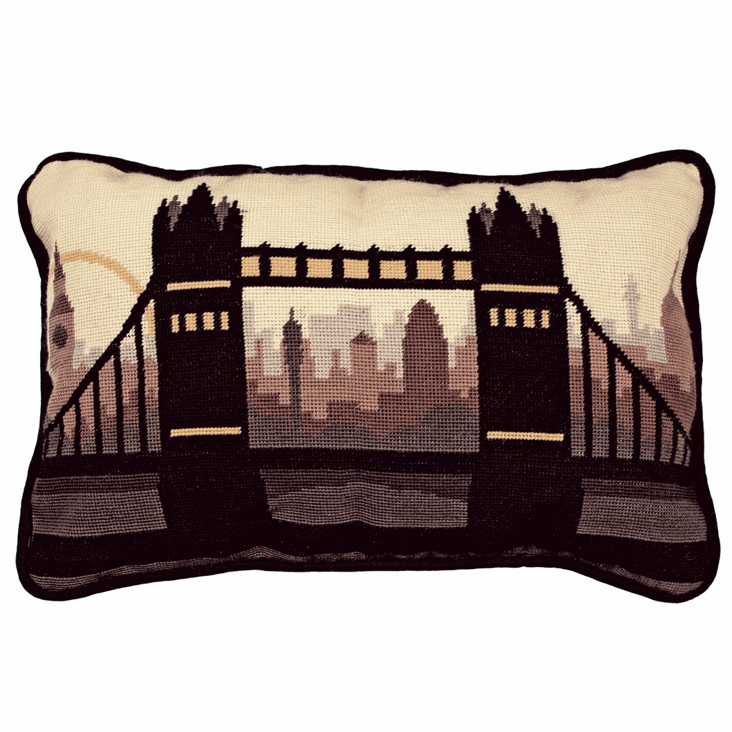 London Cushion -  Anchor Tapestry Kit: ALR51