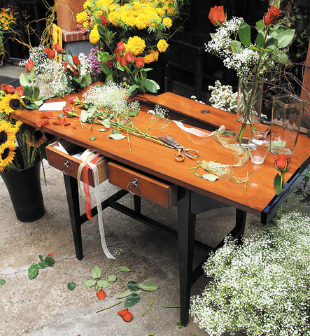 French Rosieriste Flower Arranger's Table
