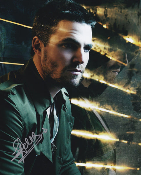 Stephen Amell signed 8x10 photo from Arrow - Autographed