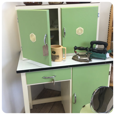 60s kitchen cabinets in green