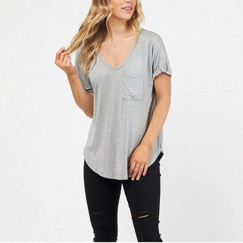 Clover Basic Pocketed Tee