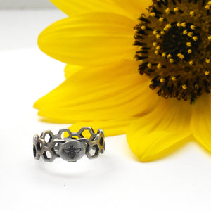 Silver Bee and Honeycomb Ring. Solid 925 Sterling Silver Stamped Ring Size 7 US