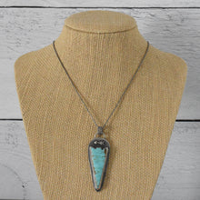 Load image into Gallery viewer, Number 8 Turquoise Arrowhead Pendant Necklace