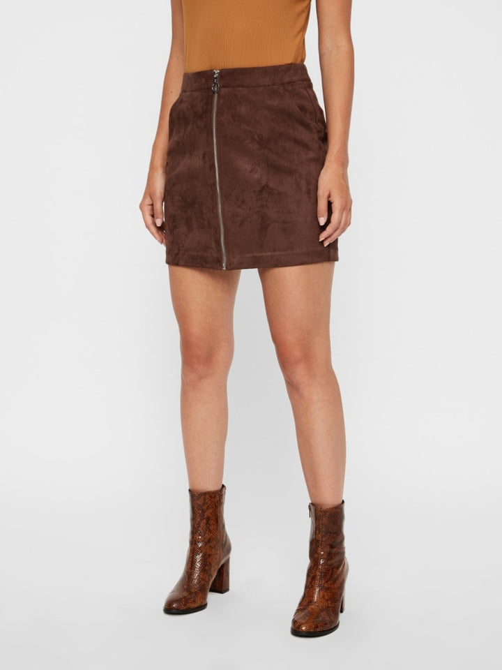 DONNA ZIPPER FAUX SUEDE NW SHORT SKIRT