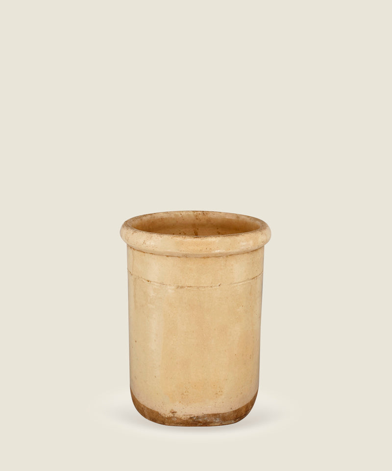 antique beige pot puglia 13