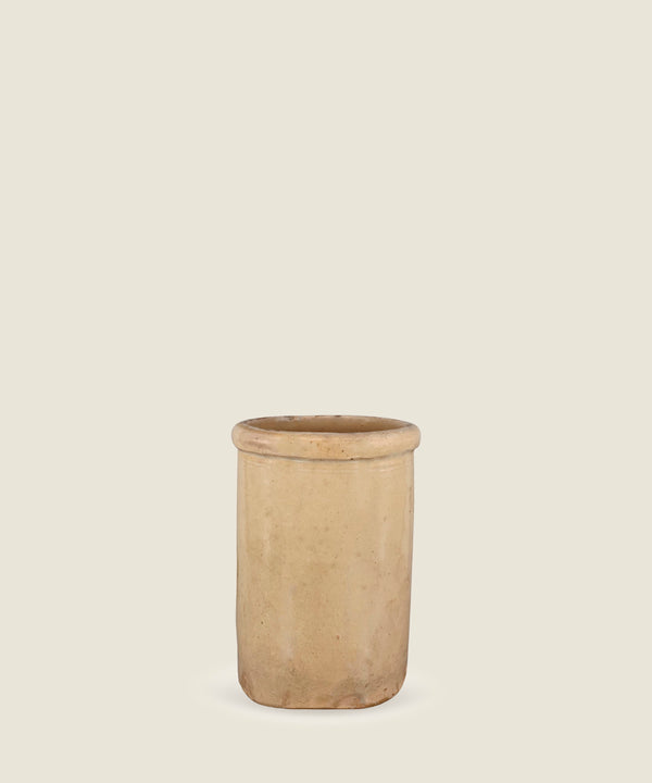 antique beige pot puglia 16