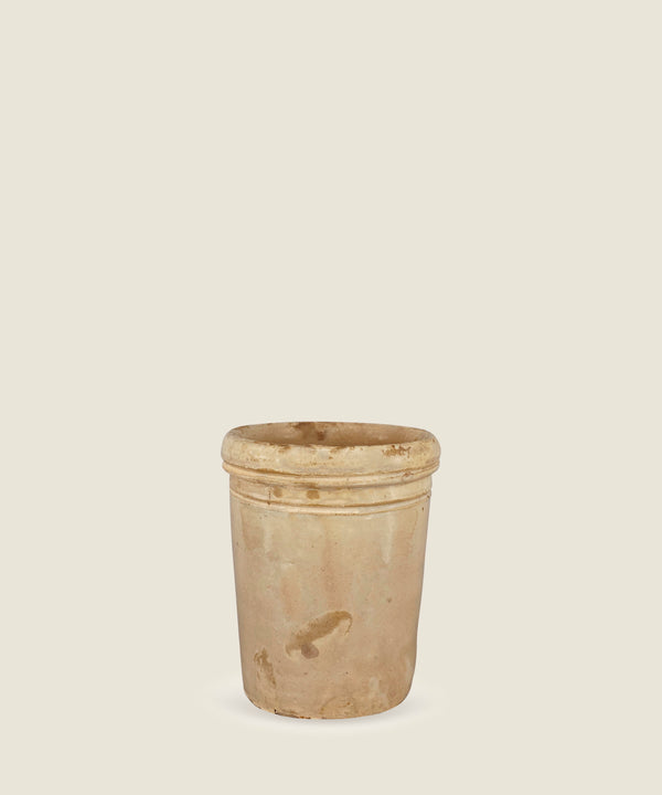 antique beige pot puglia 17