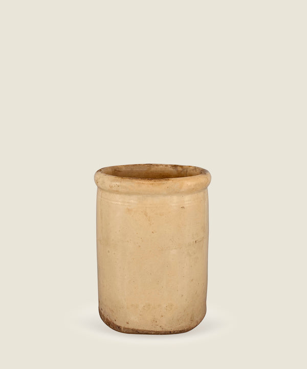 antique beige pot puglia 19