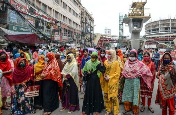 Garment workers protesting
