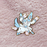 Shiny Fox Pin #700