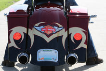 Load image into Gallery viewer, SOFTAIL FENDER WITH FLUSH MOUNT BRAKE & RECESSED LICENSE PLATE