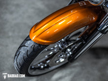 "Load image into Gallery viewer, COMPETITION SERIES 23"" WRAP FRONT FENDER"