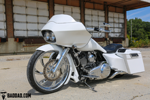 Load image into Gallery viewer, INJECTED STRETCHED SADDLEBAGS FOR 1993-2013