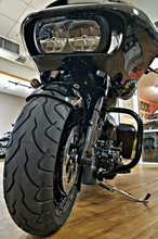 Load image into Gallery viewer, NATIVE 180mm Pitbull RUSH Front Tire Kit for 2014-19 HD touring with STOCK FORK LEGS