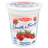 Astro Smooth 'N Fruity Yogurt, Strawberry (650g)  - Urbery