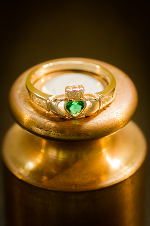 emerald & diamond claddagh heart ring