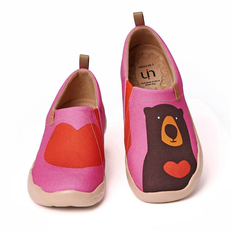 UIN Footwear Women Bear's Love Canvas loafers