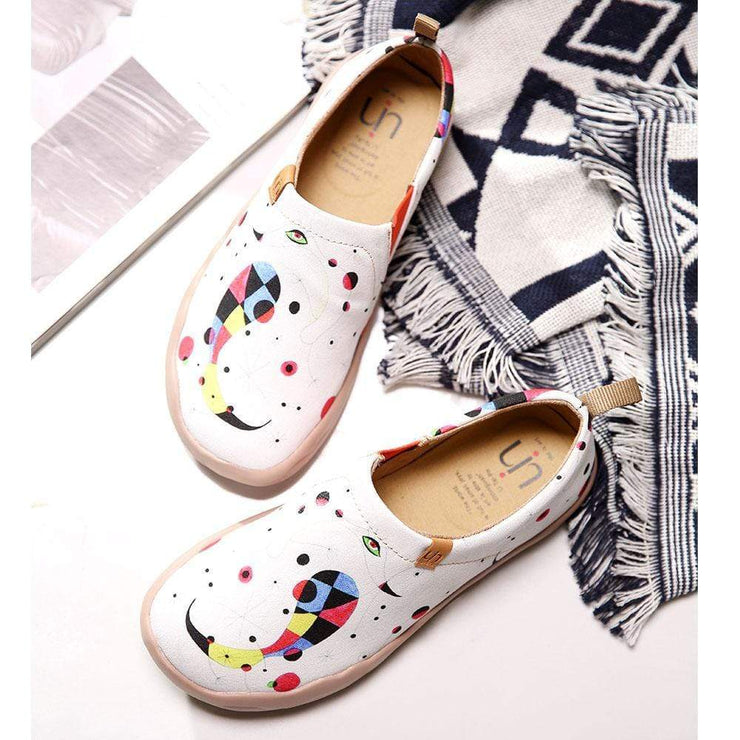 UIN Footwear Women Fishes-Joan Miró Art Painted Shoes Canvas loafers