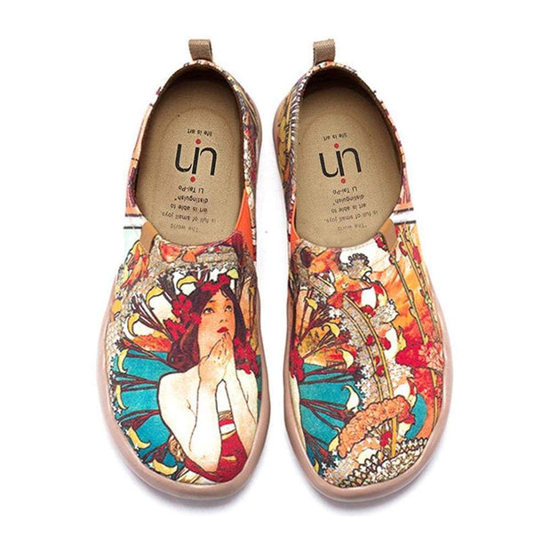 UIN Footwear Women Monarcan Girl Canvas loafers