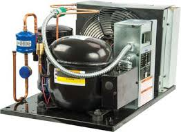 Air Cooled Condensing Unit  - M2FL-H040-IAA-212