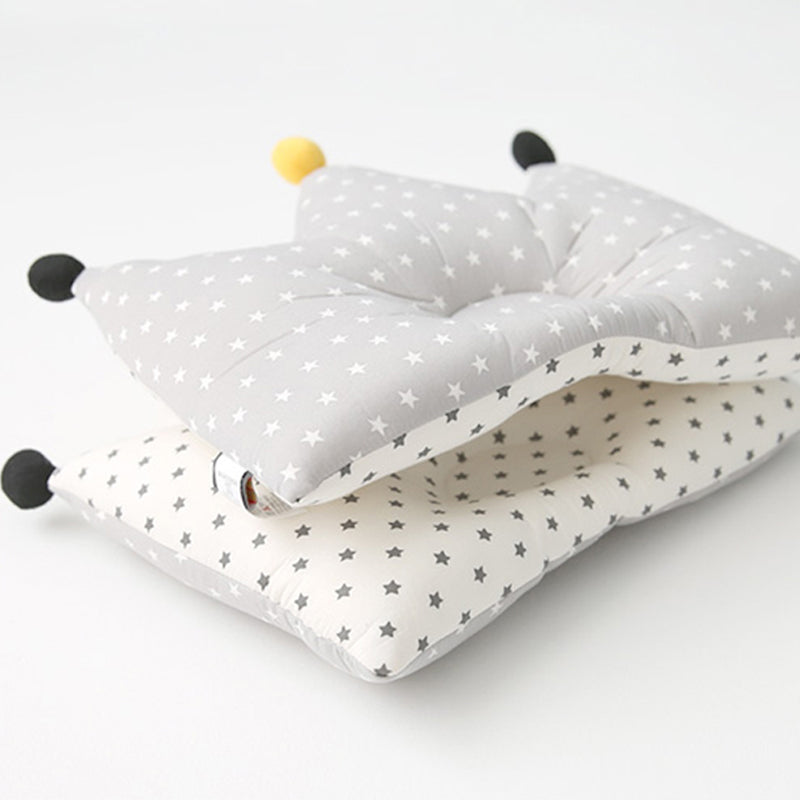 Cuby & Mom Bamboo Crown Cuckoo pillow