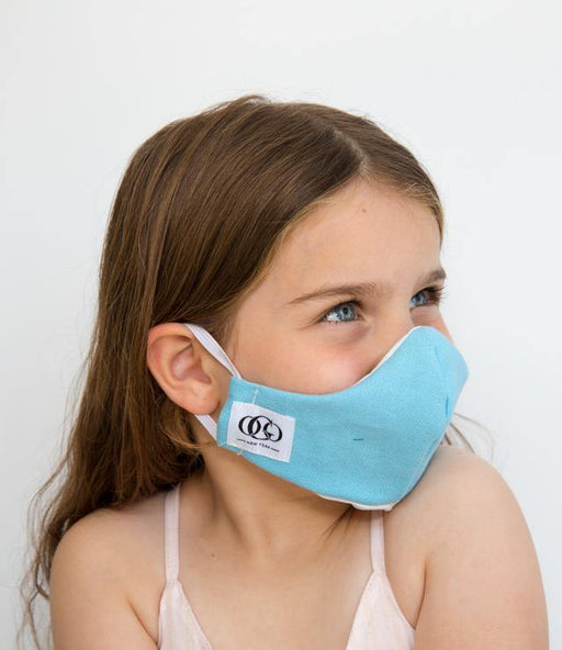Asa is our HEPA 99% barrier everyday durable face mask for kids. The outer lining is made of 100% canvas breathable cotton and the inner lining with soft 100% lining.