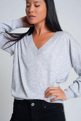 Q2 Fine knit gray sweater with v neck