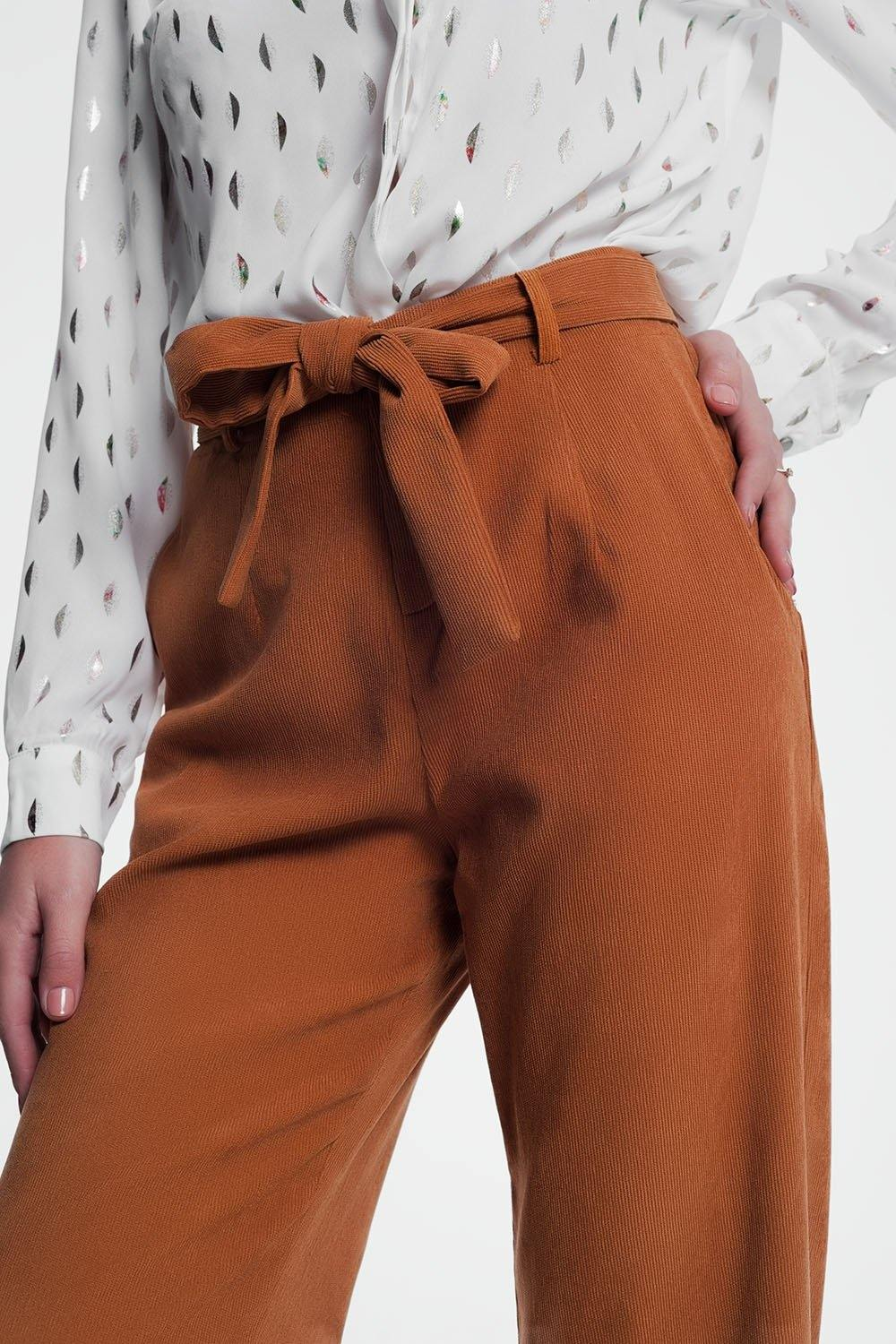 Q2 High waisted camel coloured pants