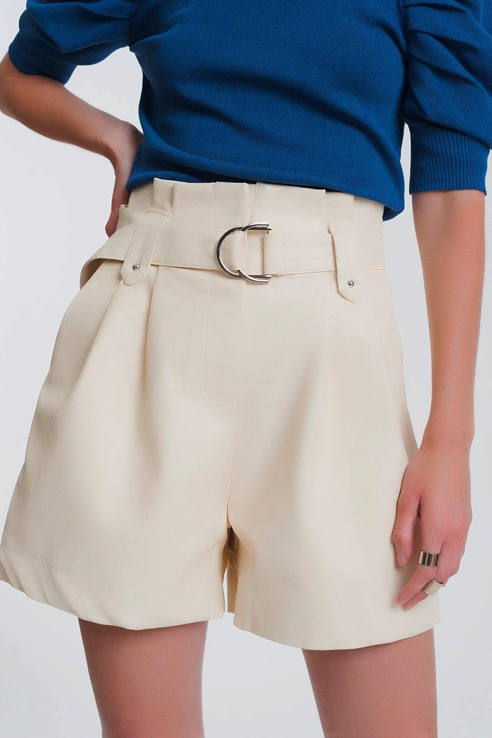 Q2 leather look short with pockets and paperbag waist