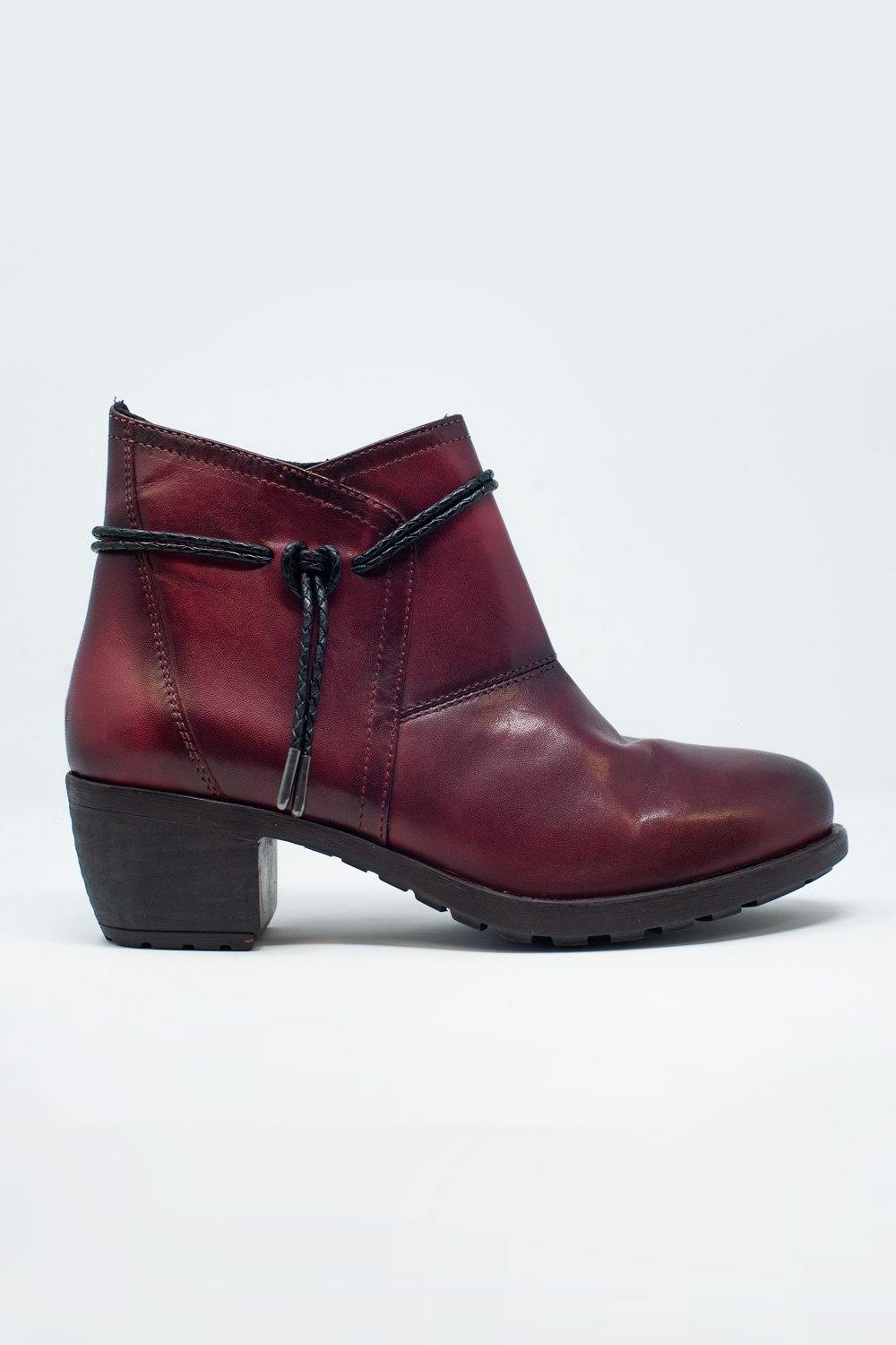 Q2 Maroon blocked mid heeled ankle boots with round toe