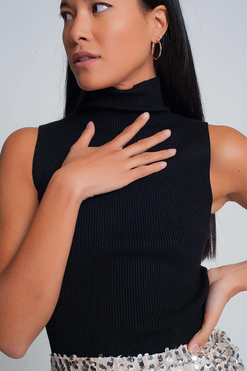 Q2 Ribbed knit sleeveless sweater with high neck in black
