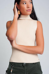 Q2 Ribbed knit sleeveless sweater with high neck in cream color