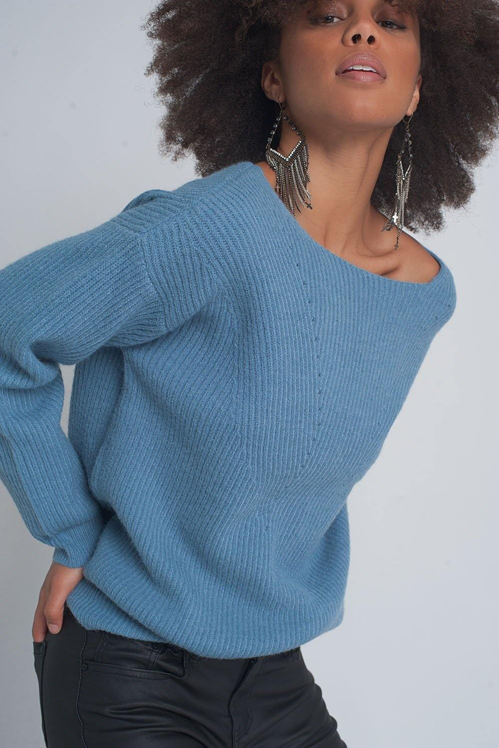Q2 Textured sweater in blue
