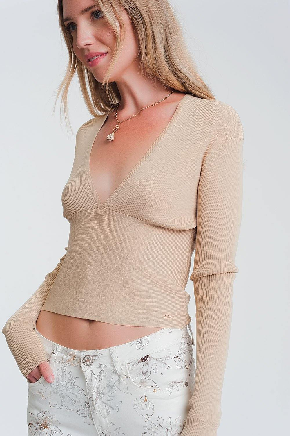 Q2 v neck ribbed sweater in beige