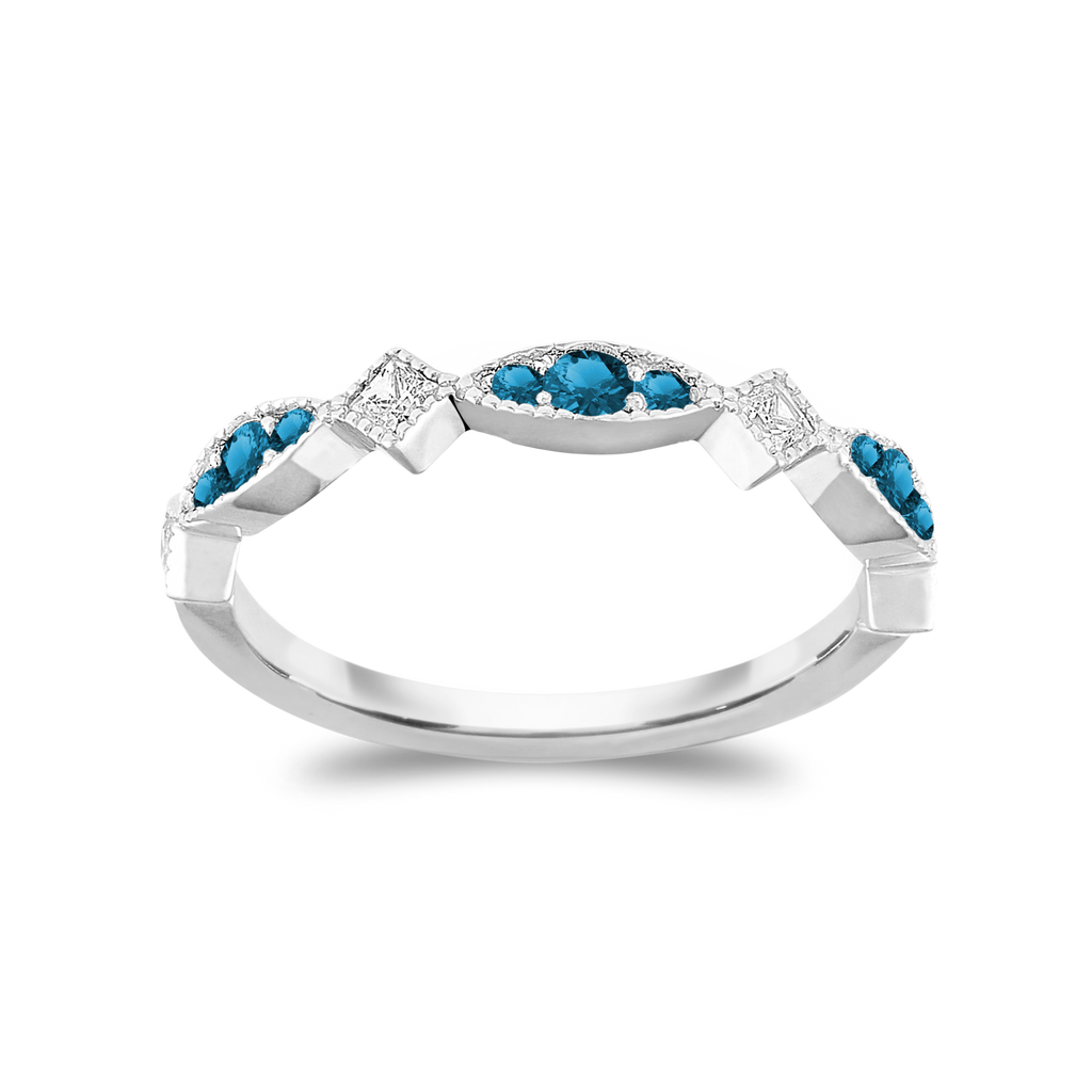 The Trendsetter - Natural Blue Diamonds