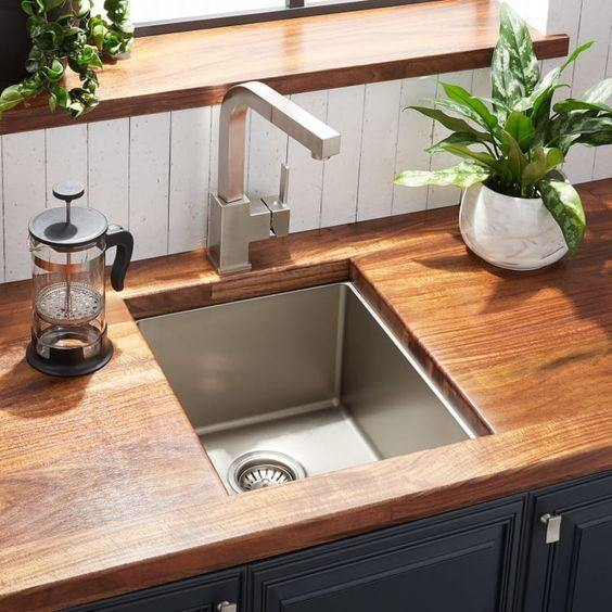 Maxell Stainless Steel Single Bowl Kitchen Sink in 304 Grade SS Finish