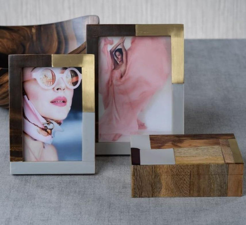 Stylish Photo Frames With Jwellery Box Combo In Brass , Marble and Wood
