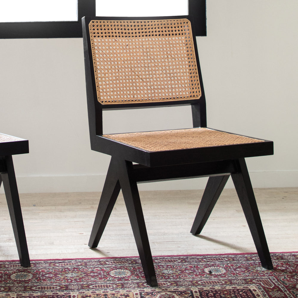 BADHERI DINING CHAIR