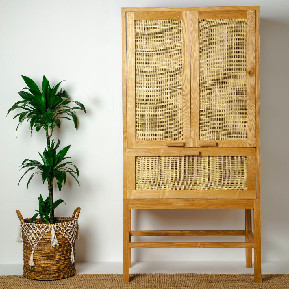 Load image into Gallery viewer, RATTAN CLOSET