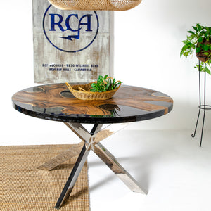 CIRCULUS RESIN TABLE