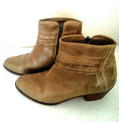 Women's *CIRCLE-S*- Golden Tan Fashion Ankle Boots- Size 8.5D