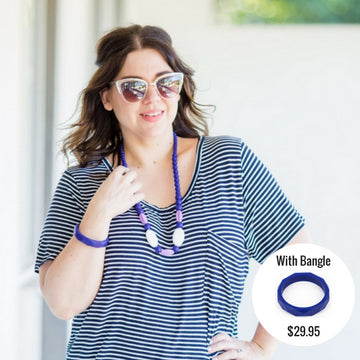 navy silicone necklace and teething bangle