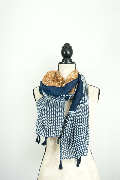 Scarf - Navy and brown pattern