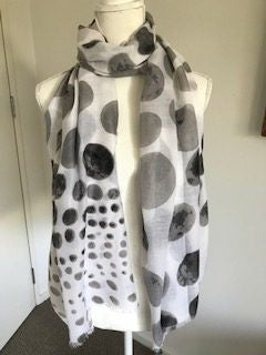 Scarf - Spotted Grey