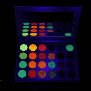 Pigmy-Glow In The Dark Pigment Pallete