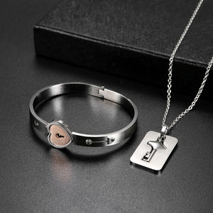 Te amo- Love Lock Necklace Set